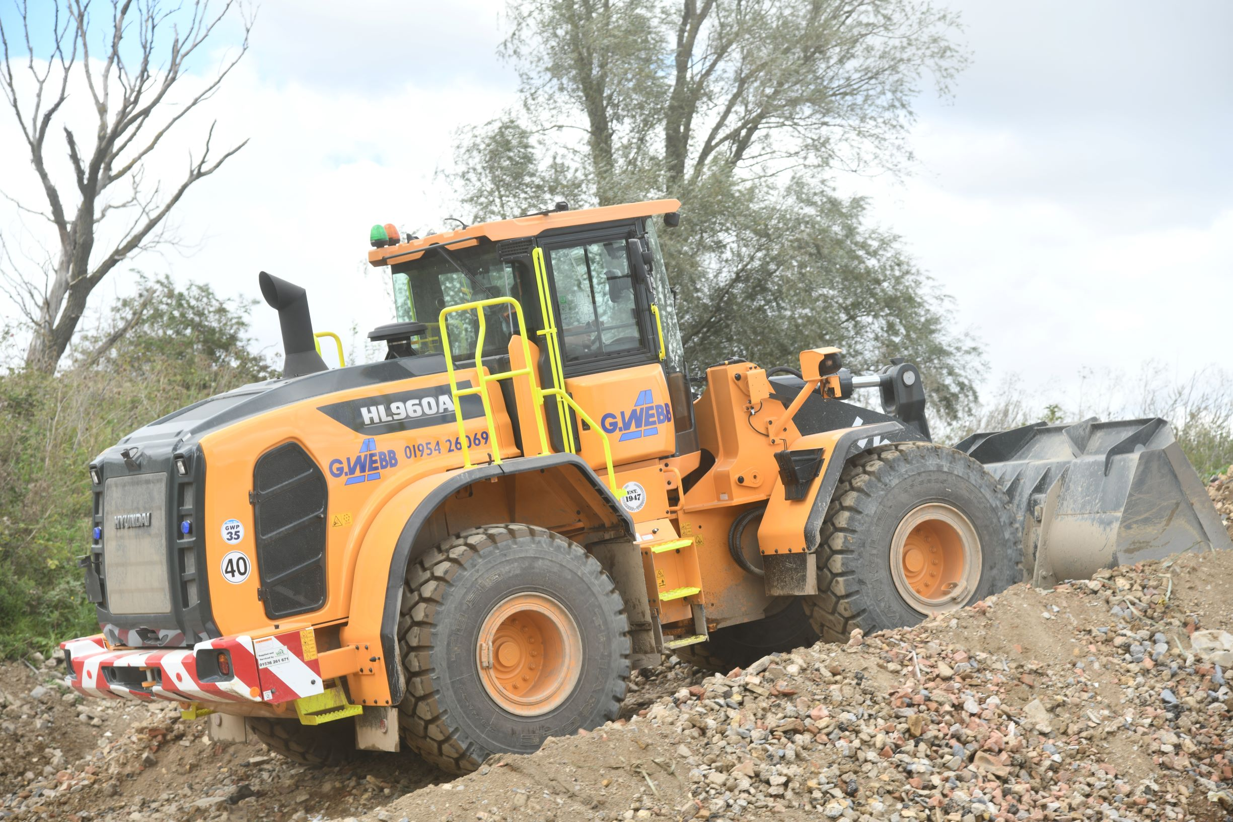 G Webb Haulage's new Hyundai HL960A wheeled loader in operation at Little Paxton quarry