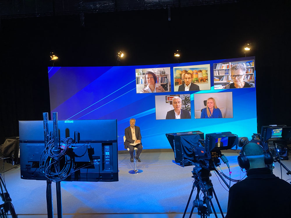Renowned broadcaster Gavin Esler moderated the recent 2020 GCCA annual conference, staged virtually under the central theme of 'building the sustainable world of tomorrow'