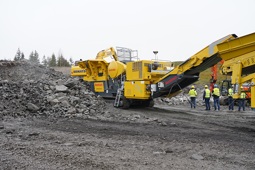 Keestrack's B7e jaw crusher was among one of the Belgian crushing and screening plant maker's machine range showcased at Fredheim Maskin's 10th Demo Days event