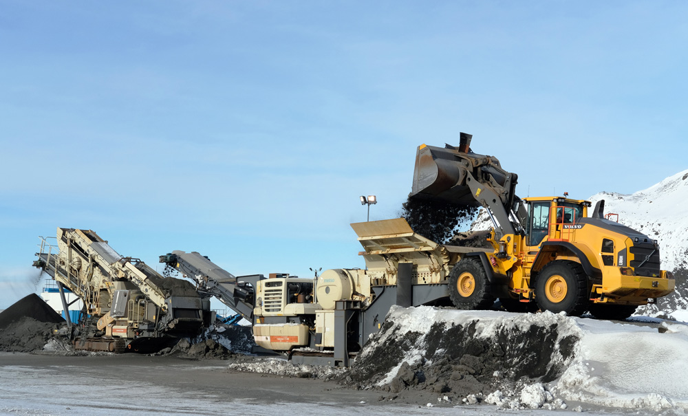 When compared to diesel operation, electric crushing achieves up to quadruple savings at the Hafnarfjörður quarry