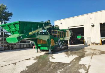 Berry Tractor will supply McCloskey mobile crushing and screening plant to its customers