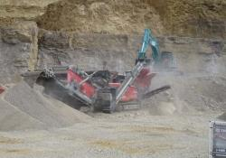 Terex Finlay I-120RS impact crusher + 883+ heavy duty screener.JPG