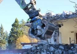 INMALO is now offering Steelwrist's automatic coupler systems for excavators