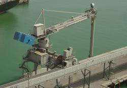 Bruks ship unloader offers a rated cement handling capacity of 800t/h (Credit: Bruks Siwertell)