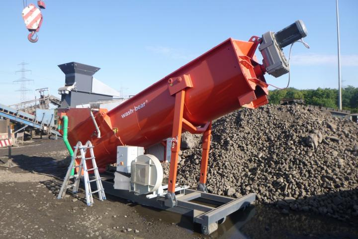 Wash-bear can be used in quarrying, recycling, demolition and construction